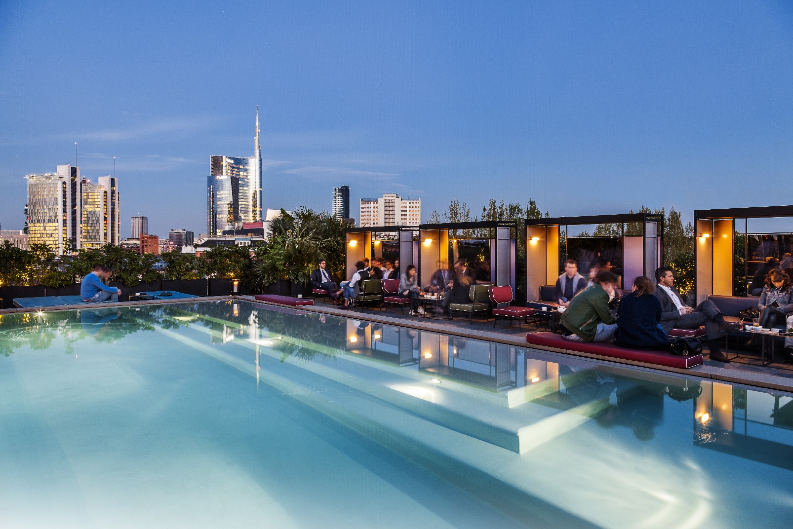Ceresio 7 | Pools & Restaurant