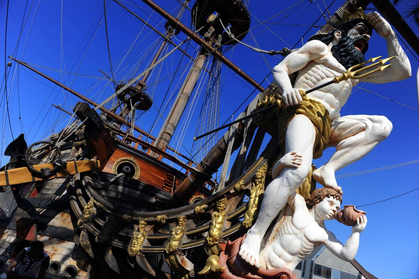 Neptune, Porto Antico, Genova