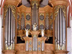 St. Jakobi Hamburg organ by Arp Schnitger