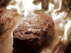 Theos Hamburg Steak