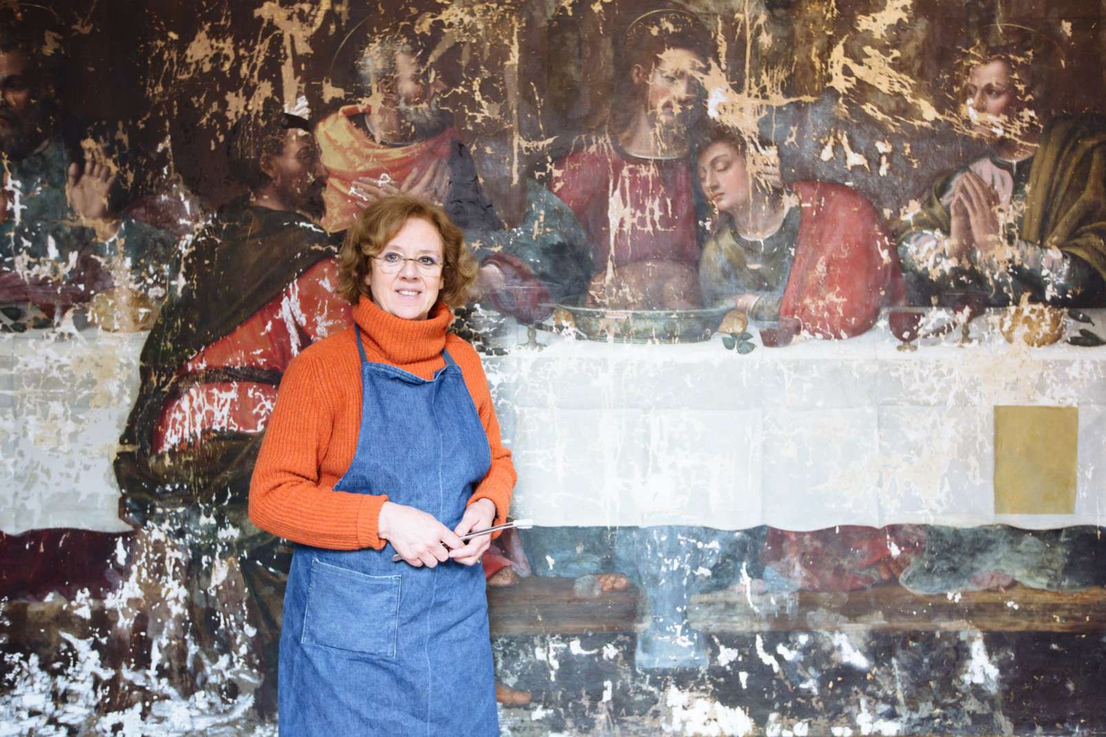 Last Supper by Plautilla Nelli - Adopt an Apostle - Florentine conservator Rossella Lari at the end of phase I, post stucco work
