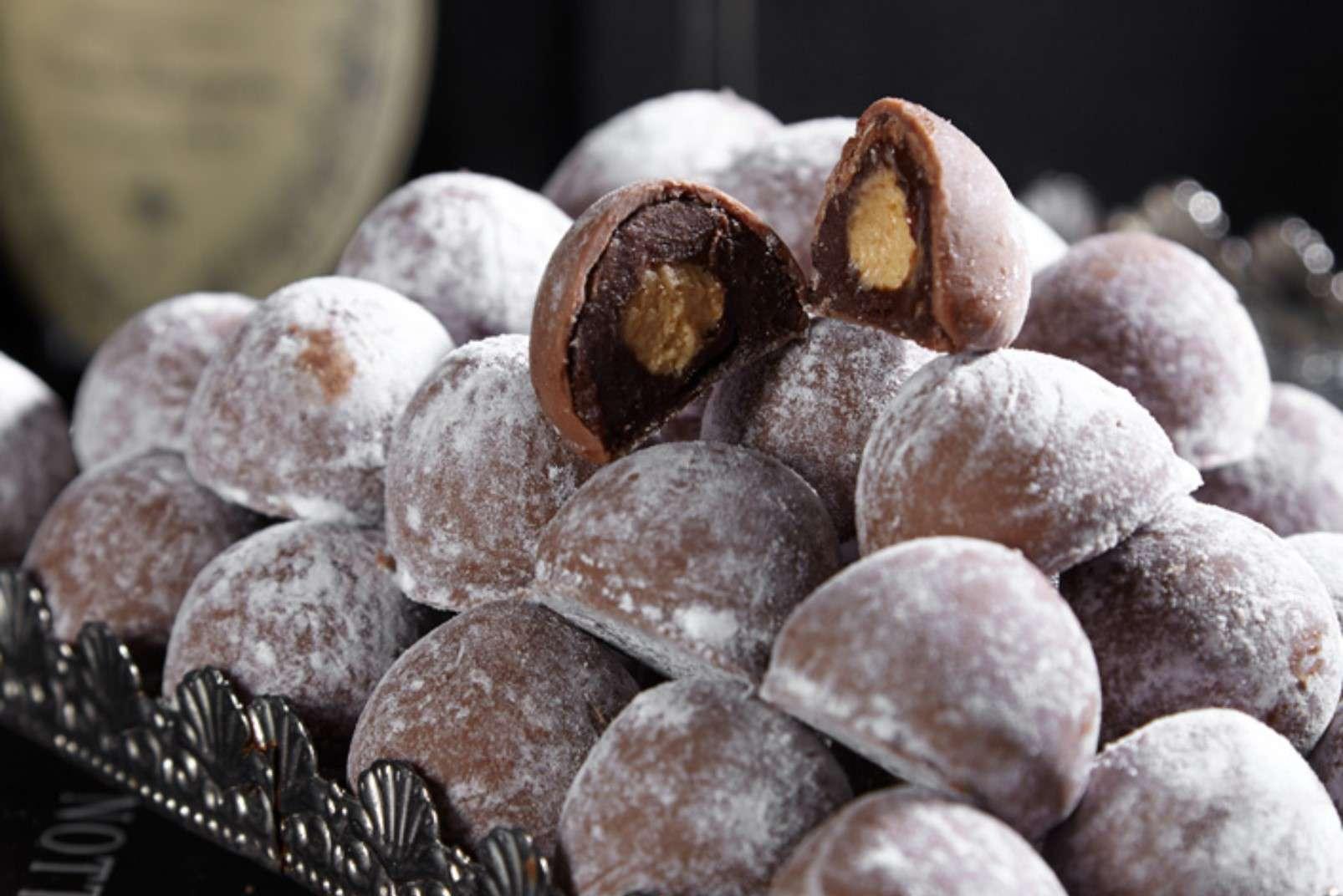 Teuscher Chocolates - Geneva - Champagne Truffes Pearls