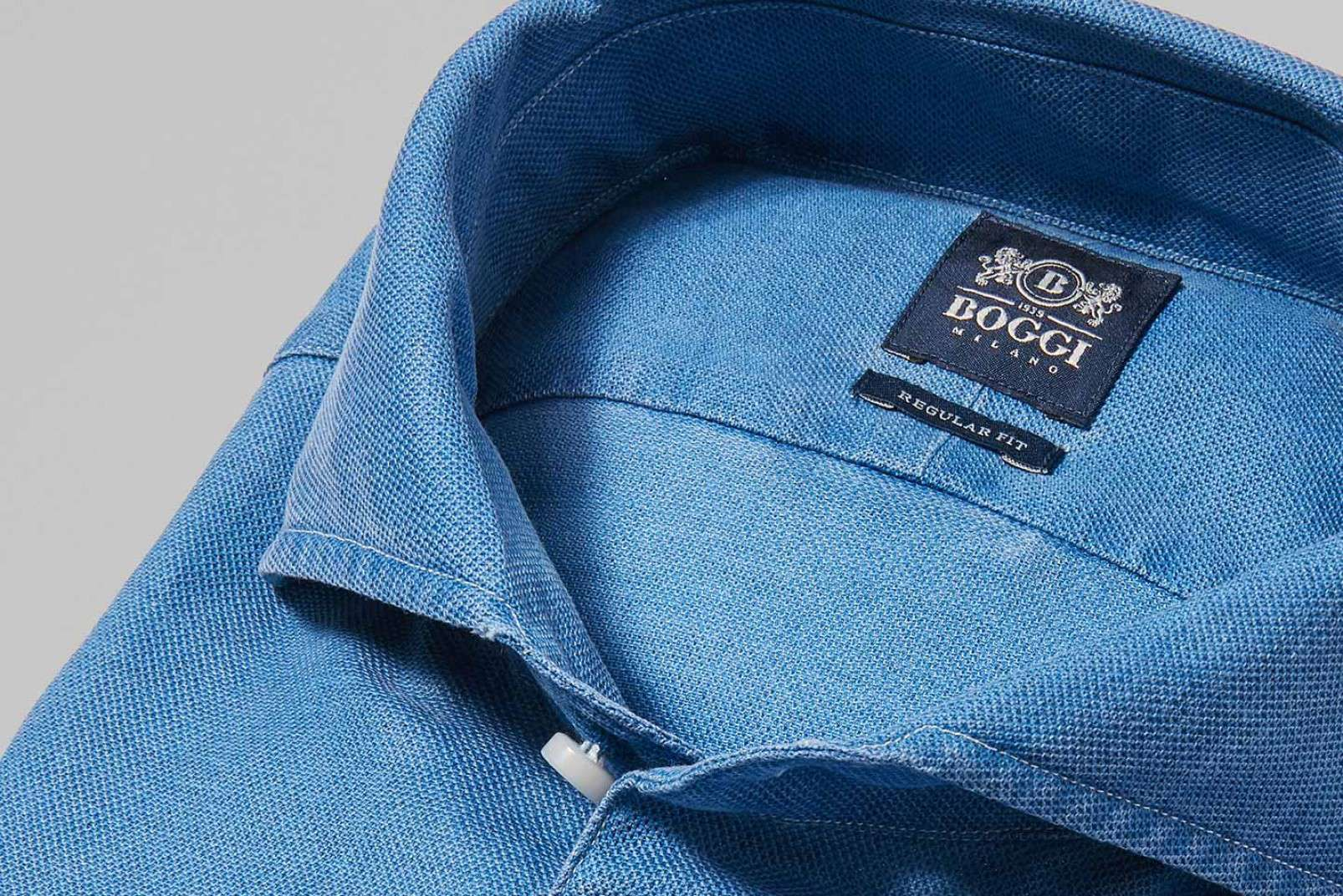 Cornflower blue shirt with Bowling collar BO19P000303