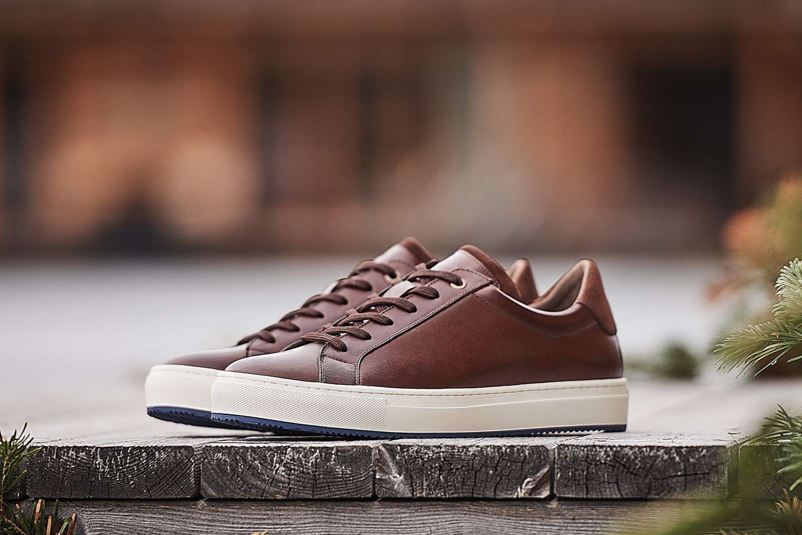 Boggi Milano sneakers in smooth brown leather