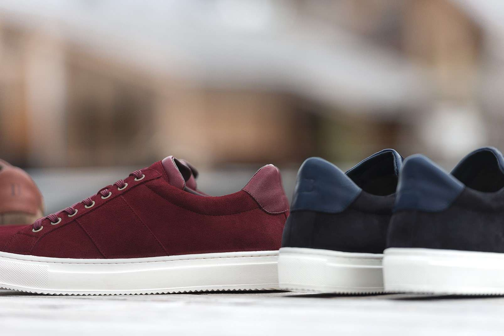 Boggi Milano sneakers in suede leather