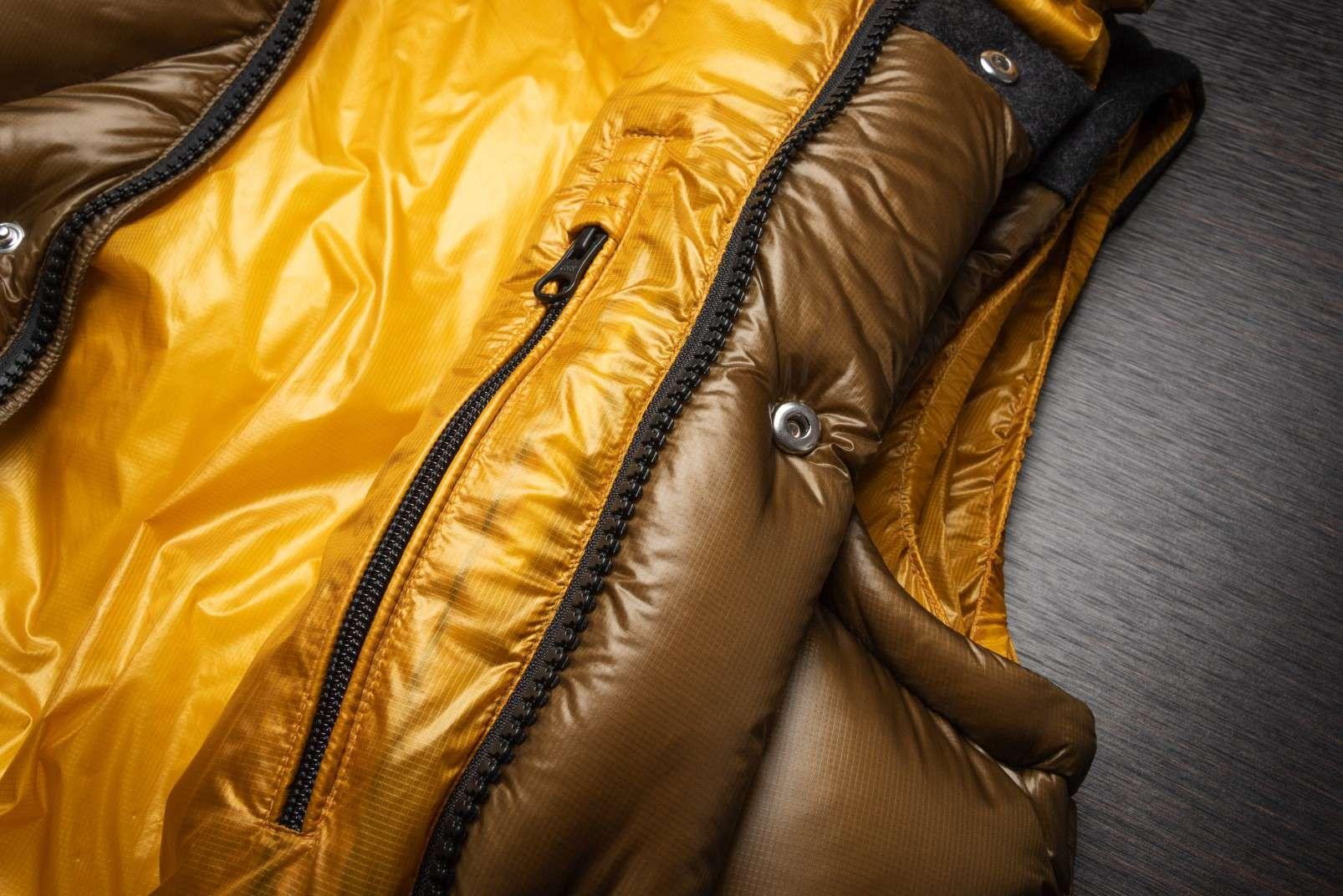 Boggi Milano ochre bomber jacket BO18A011704 zip detail