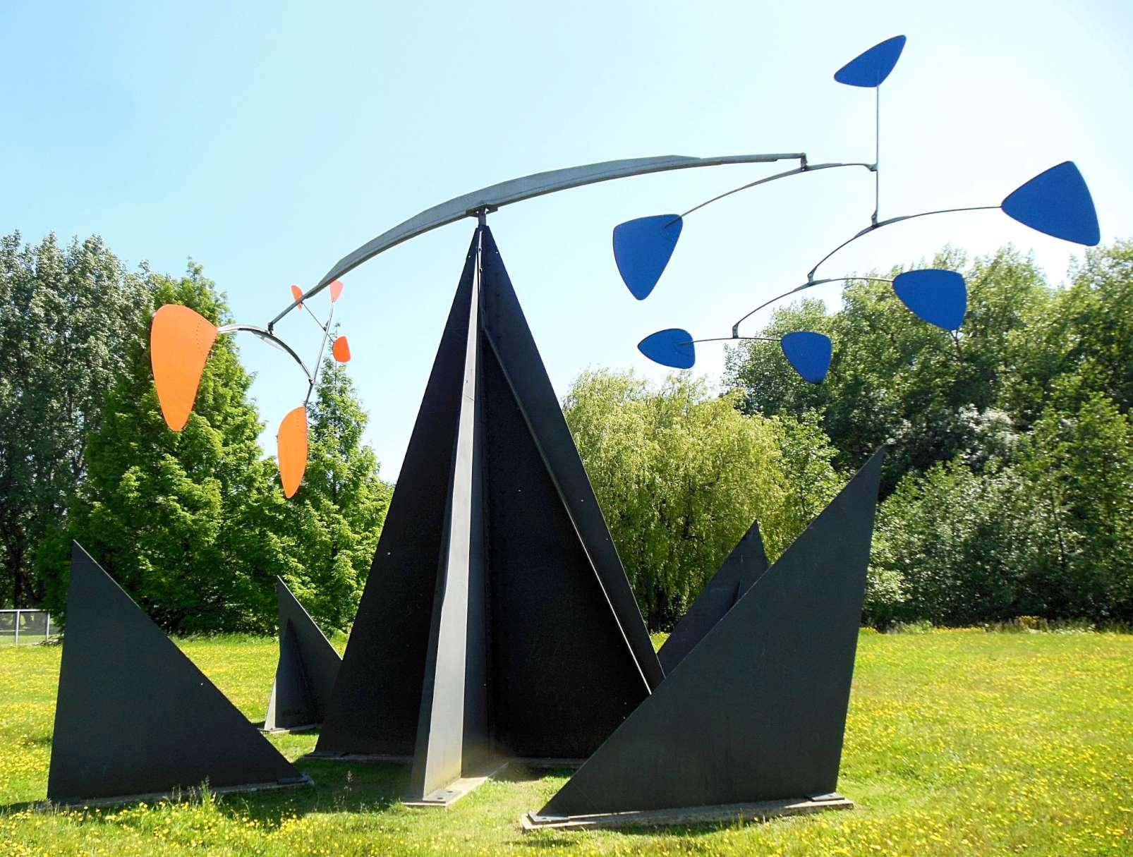 """""""Reims, croix du sud"""", Alexander Calder, 1969, LaM, Lille"""