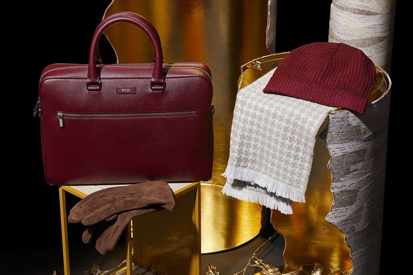 Boggi Milano gifts for a Gentleman - accessories and leatherware