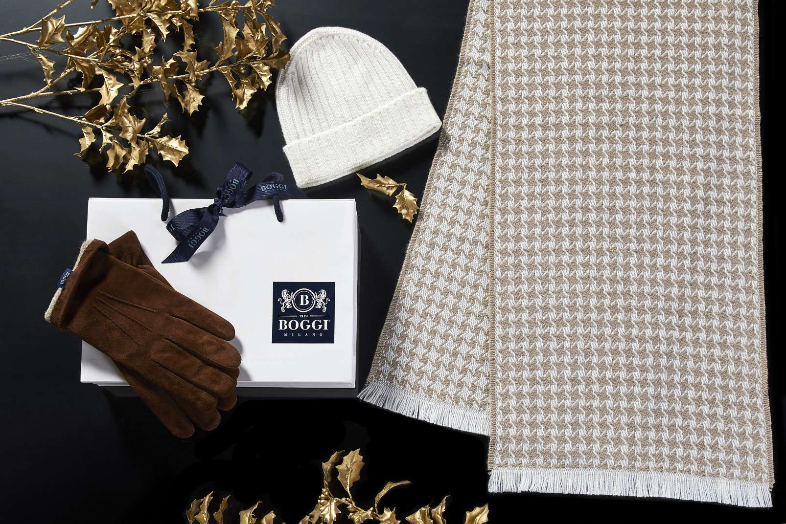 Boggi Milano gifts for a Gentleman - cashmere scarf and hat
