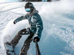 GoPro HERO7 Black snowboarding