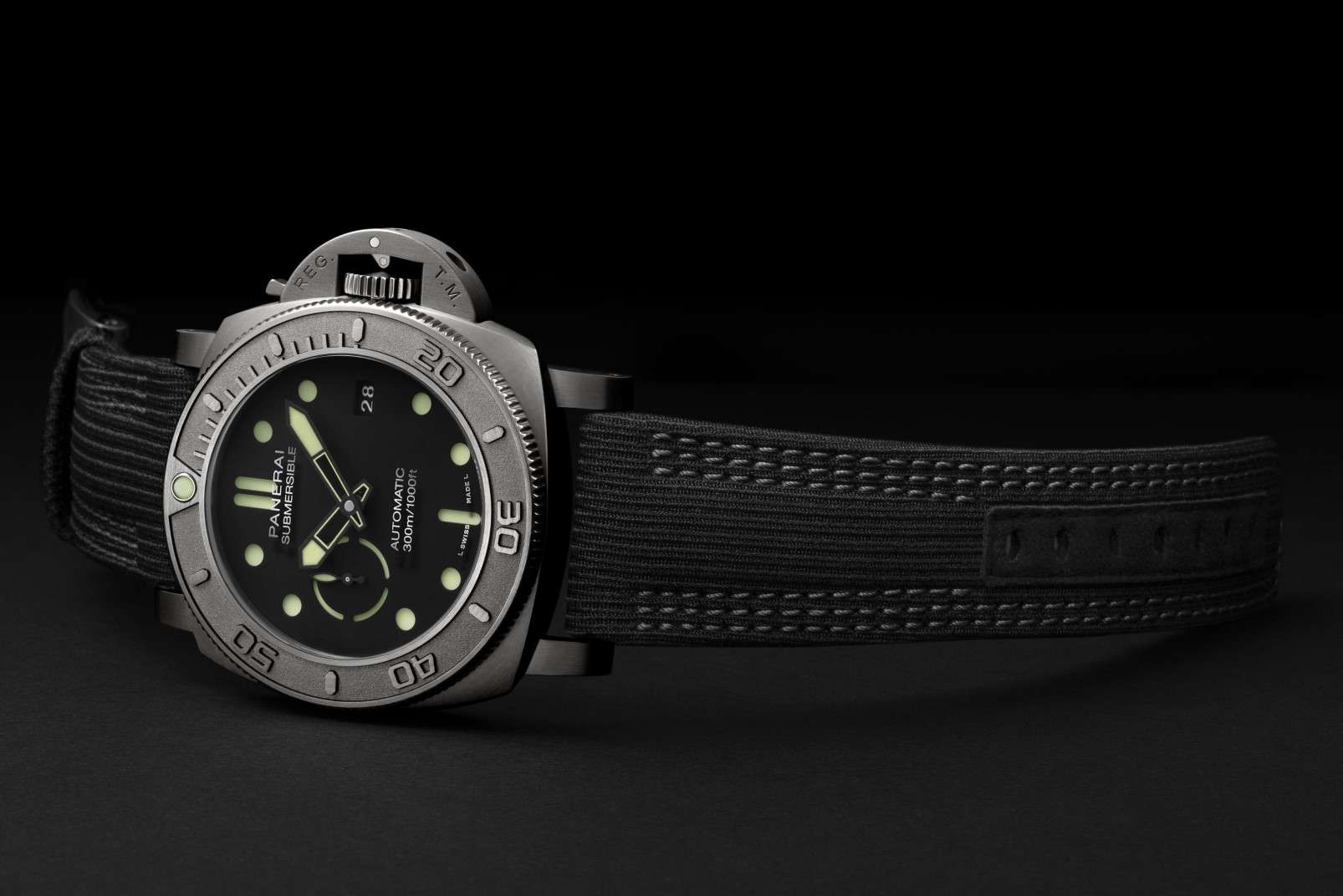 Panerai Submersible Mike Horn Edition PAM00984 - SIHH 2019