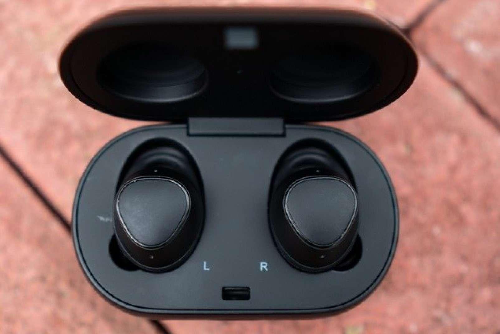 Auricolari Samsung Gear IconX