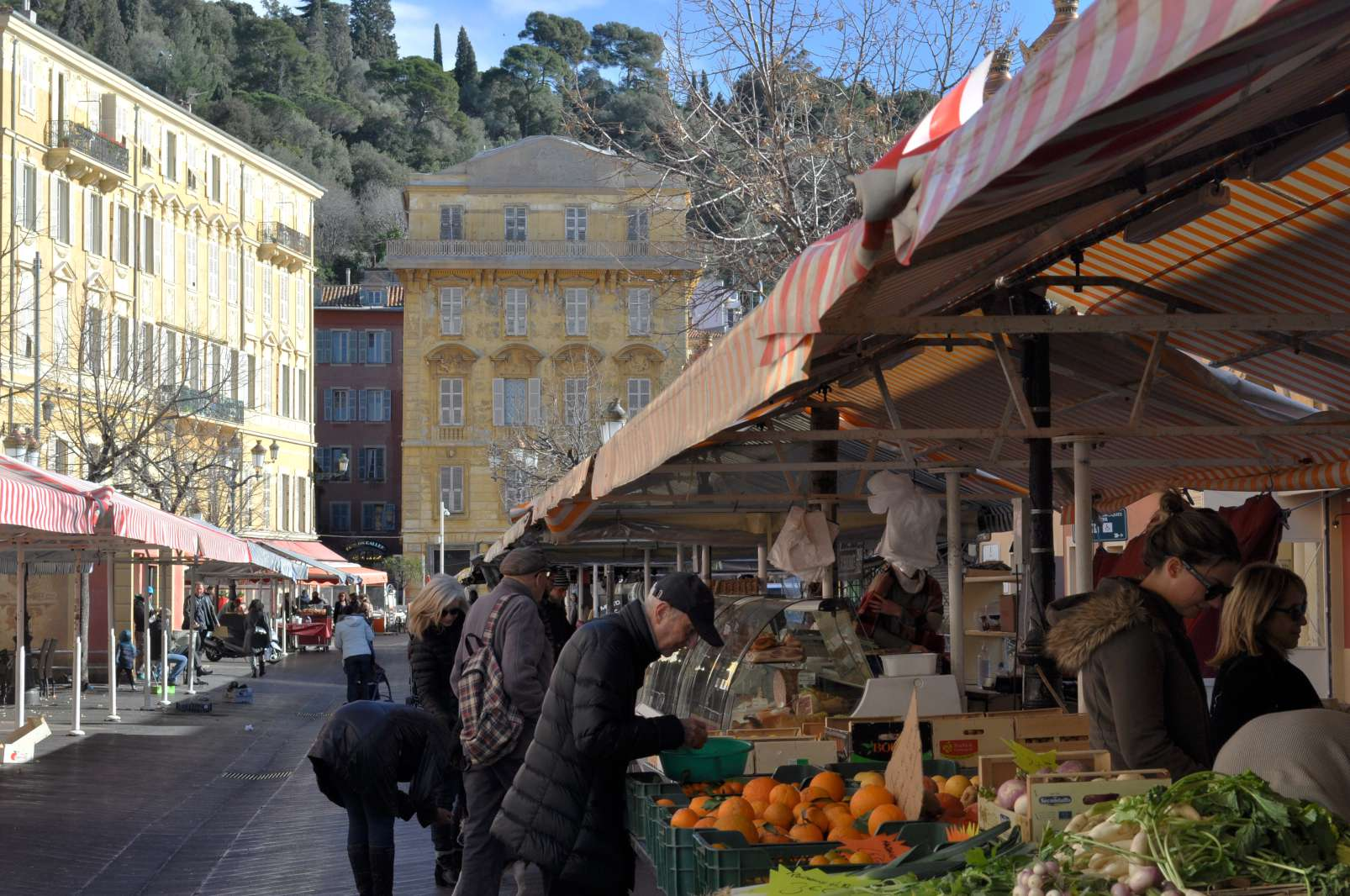Fruit, vegetable and seafood market, Cours Saleya, Nice