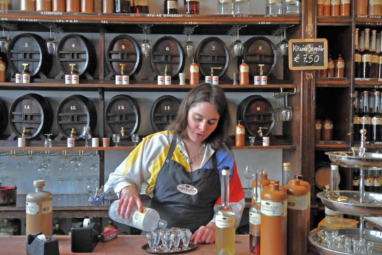 Van Kleef & Zoon distillery Den Haag