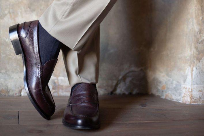 Boggi Milano grey suit brown shoes